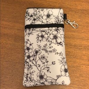 Accessories - Phone Pouch